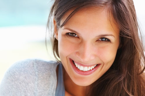Better Smiles With No Brackets Required (video)