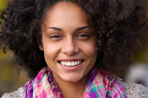 Upgrade Your Smile With Veneers (infographic)